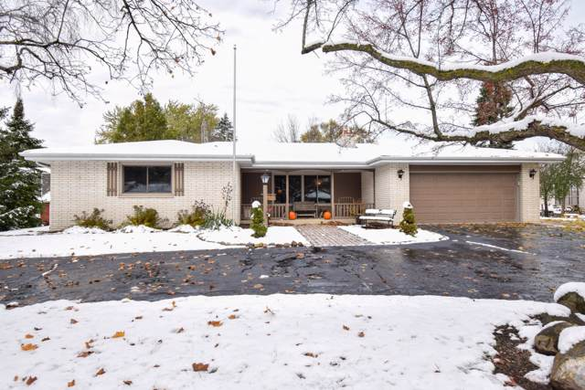 5912 2nd St, Somers, WI 53144 (#1666420) :: Keller Williams Momentum