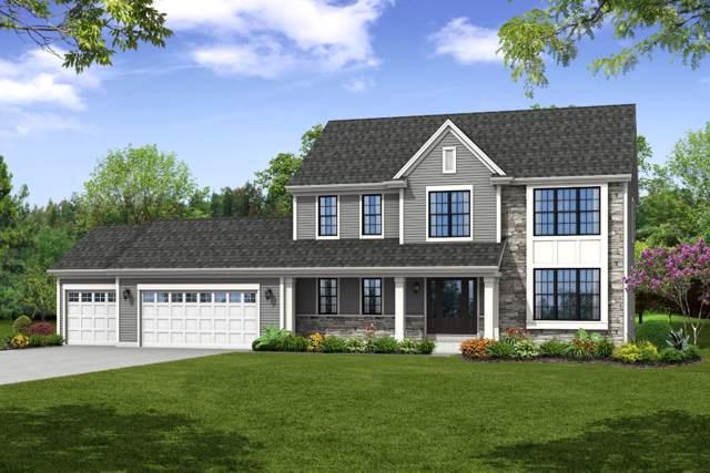 W222N4700 Seven Oaks Dr, Pewaukee, WI 53072 (#1666868) :: Tom Didier Real Estate Team
