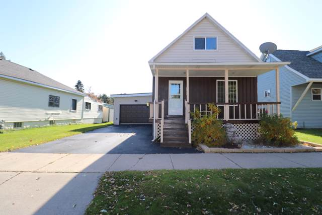 2313 Thomas St, Marinette, WI 54143 (#1666929) :: RE/MAX Service First Service First Pros
