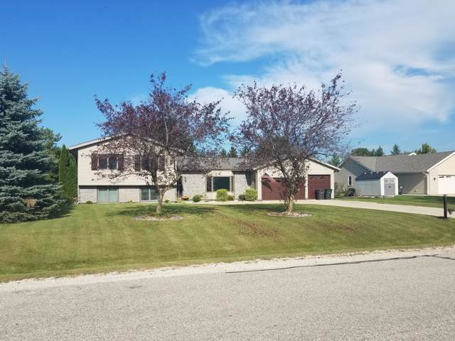 8828 Oriole Ln, Norway, WI 53185 (#1667182) :: RE/MAX Service First Service First Pros