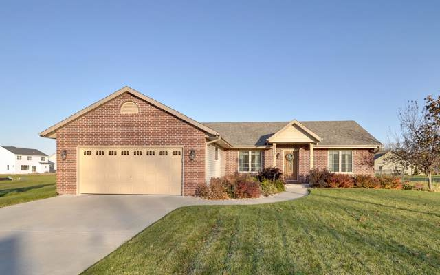 5729 Richwood Ln, Caledonia, WI 53402 (#1667195) :: Keller Williams Momentum