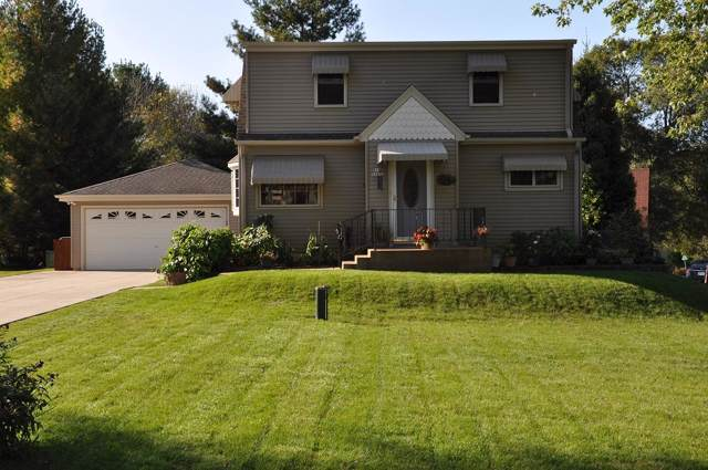 W187S6655 Agate Dr, Muskego, WI 53150 (#1667325) :: RE/MAX Service First Service First Pros