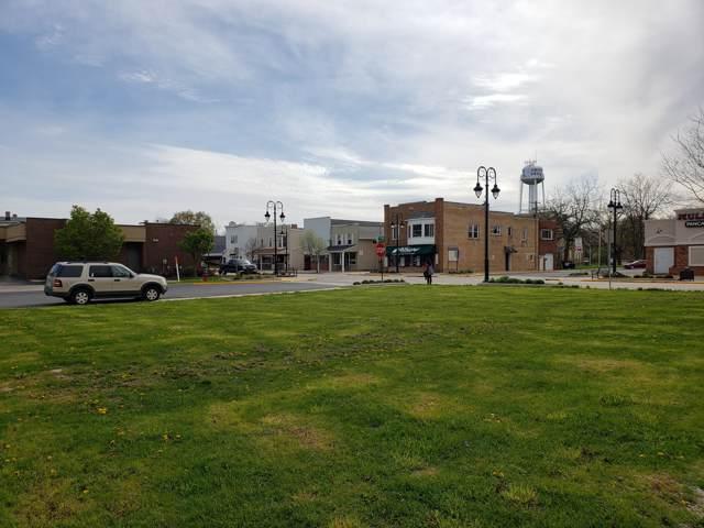 1035 Main St, Union Grove, WI 53182 (#1667583) :: Keller Williams Momentum