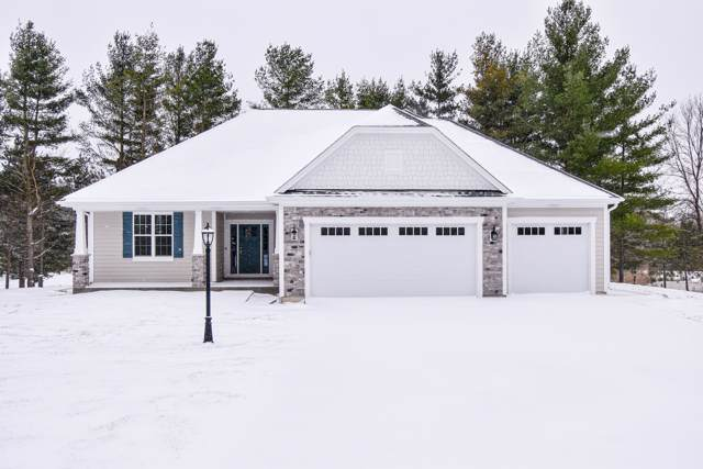 W985 Stone Bridge Ct, Rubicon, WI 53078 (#1667587) :: RE/MAX Service First Service First Pros
