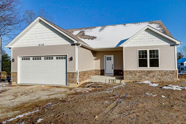 210 Christie Ln, Twin Lakes, WI 53181 (#1667725) :: RE/MAX Service First Service First Pros