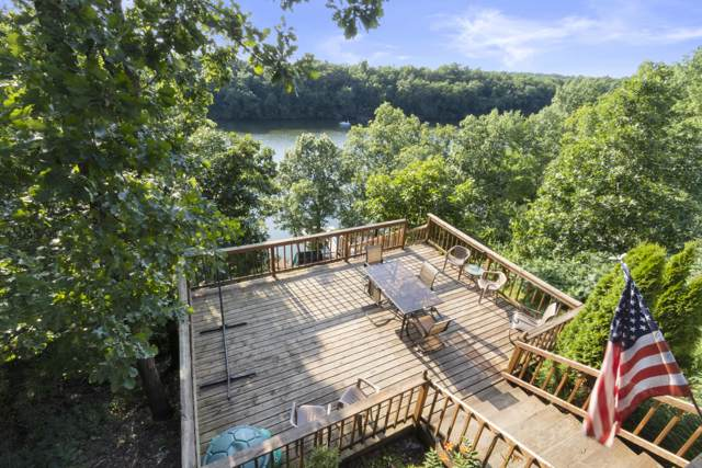 N7725 Ridge Rd, Whitewater, WI 53190 (#1667773) :: RE/MAX Service First