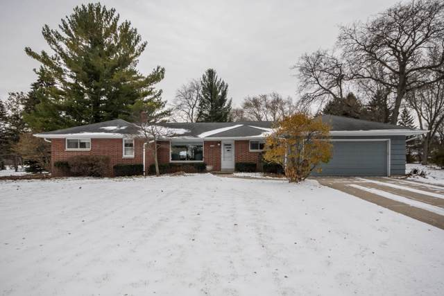 14265 W Glendale Ave, Brookfield, WI 53005 (#1667964) :: RE/MAX Service First Service First Pros