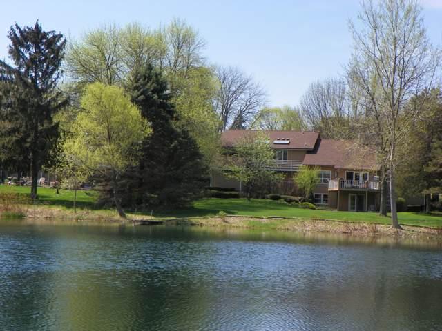 216 Evergreen Ln, Twin Lakes, WI 53181 (#1668283) :: Keller Williams Momentum