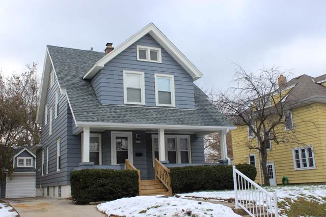 6836 Aetna Ct, Wauwatosa, WI 53213 (#1668303) :: RE/MAX Service First Service First Pros