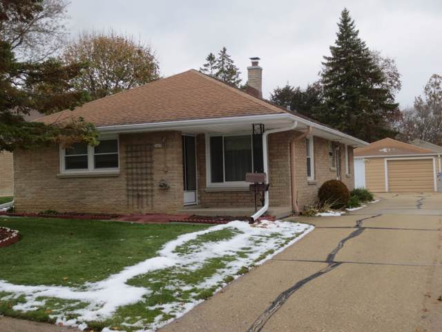 3409 S 56th St, Milwaukee, WI 53219 (#1668307) :: RE/MAX Service First Service First Pros