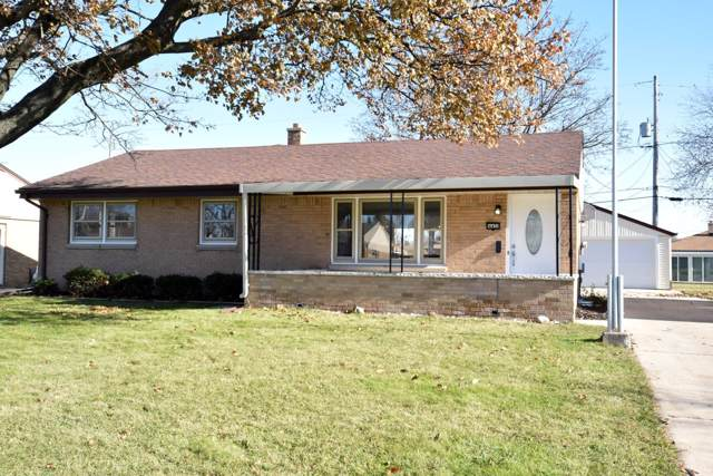 4452 S 66th St, Greenfield, WI 53220 (#1668775) :: Keller Williams Realty - Milwaukee Southwest