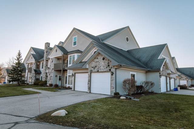 N30W23035 Pineview Cir #5, Pewaukee, WI 53072 (#1668806) :: Keller Williams Realty - Milwaukee Southwest