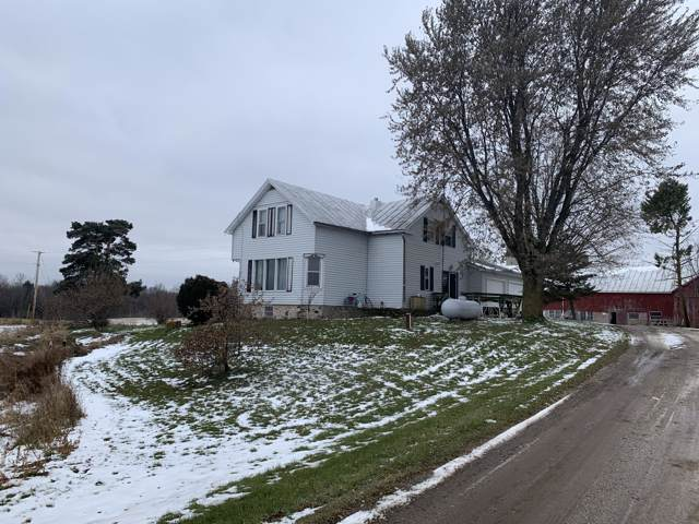5628 Brunner Rd, Manitowoc, WI 54220 (#1668830) :: RE/MAX Service First Service First Pros