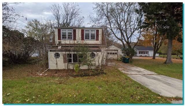 816 S Main St, Saukville, WI 53080 (#1668871) :: Tom Didier Real Estate Team