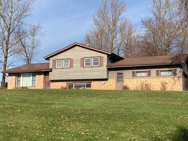 W5302 County Road Ss, Sherman, WI 53075 (#1668974) :: Tom Didier Real Estate Team