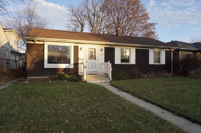 5420 N Lydell Ave, Whitefish Bay, WI 53217 (#1669064) :: Tom Didier Real Estate Team