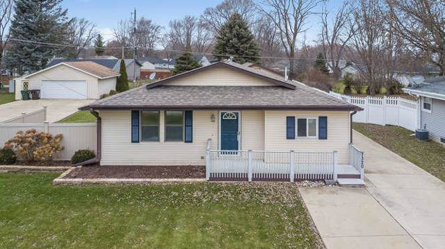 7320 Cliffside Dr, Caledonia, WI 53402 (#1669314) :: Keller Williams Momentum