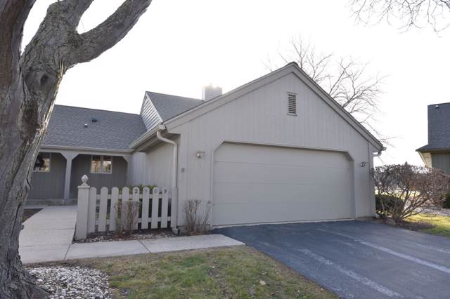 2109 W Quincy Ct, Mequon, WI 53092 (#1669403) :: RE/MAX Service First Service First Pros
