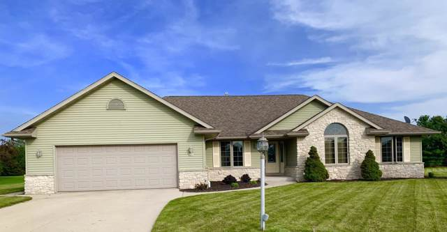 6631 Leona Ln, Wilson, WI 53081 (#1669608) :: RE/MAX Service First Service First Pros
