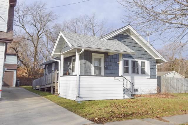 4002 11th Ave, Kenosha, WI 53140 (#1669729) :: Keller Williams Realty - Milwaukee Southwest