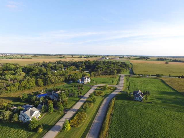 Lot 43 S Lake Shore Dr, Linn, WI 53147 (#1669748) :: RE/MAX Service First