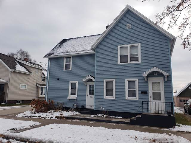 1513 Columbus St, Manitowoc, WI 54220 (#1669815) :: RE/MAX Service First