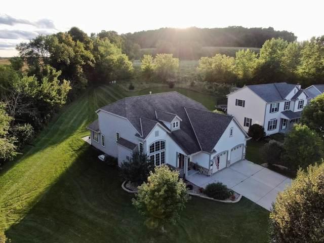 808 Belmont Dr, Watertown, WI 53094 (#1669839) :: Tom Didier Real Estate Team