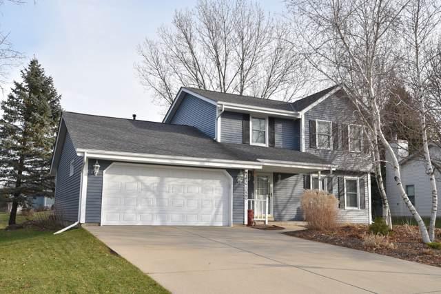 W163N10560 Ridgeview Ln, Germantown, WI 53022 (#1669875) :: Keller Williams Realty - Milwaukee Southwest