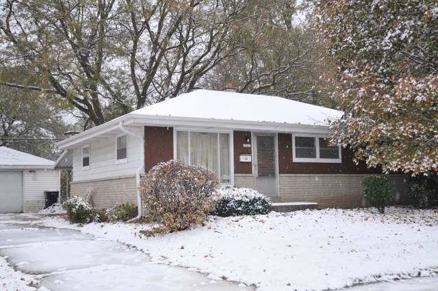 10213 W National Ave, West Allis, WI 53227 (#1669954) :: Keller Williams Realty - Milwaukee Southwest