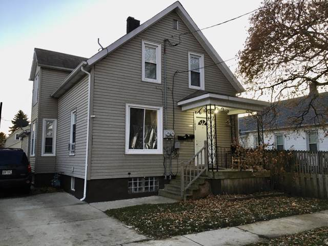 1009 45th St, Kenosha, WI 53140 (#1669970) :: RE/MAX Service First Service First Pros