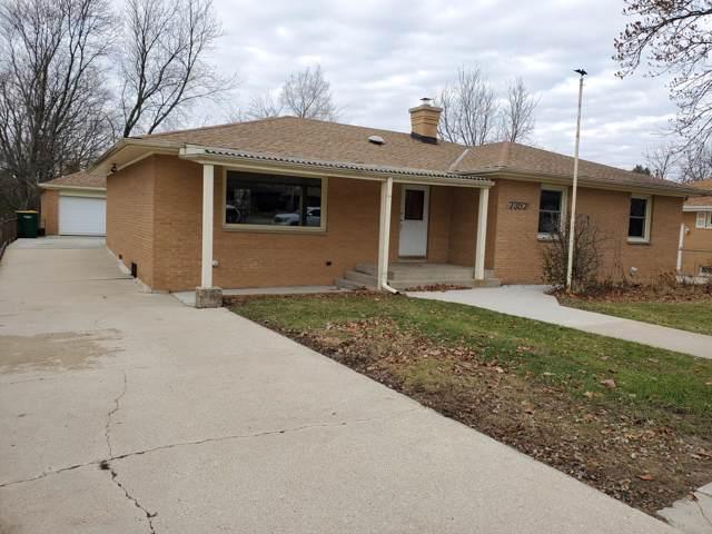 7357 S Pennsylvania Ave, Oak Creek, WI 53154 (#1670009) :: Keller Williams Realty - Milwaukee Southwest