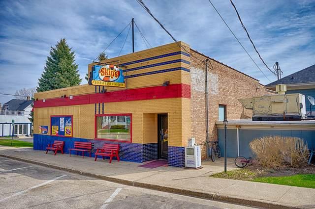 99 N Walworth Ave, Williams Bay, WI 53191 (#1670036) :: Keller Williams Momentum
