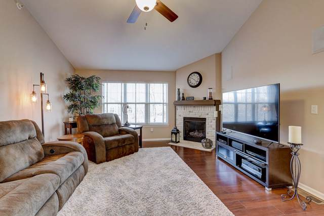 7179 W Rawson Ave, Franklin, WI 53132 (#1670100) :: Keller Williams Realty - Milwaukee Southwest