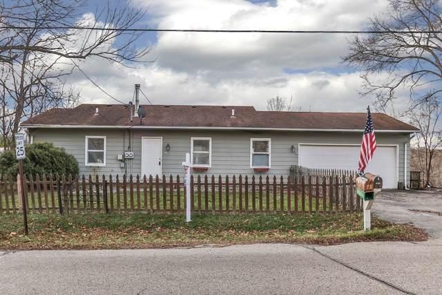205 W Main St, Twin Lakes, WI 53181 (#1670109) :: Keller Williams Momentum