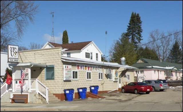 350 E Main St, Twin Lakes, WI 53181 (#1670133) :: Keller Williams Momentum