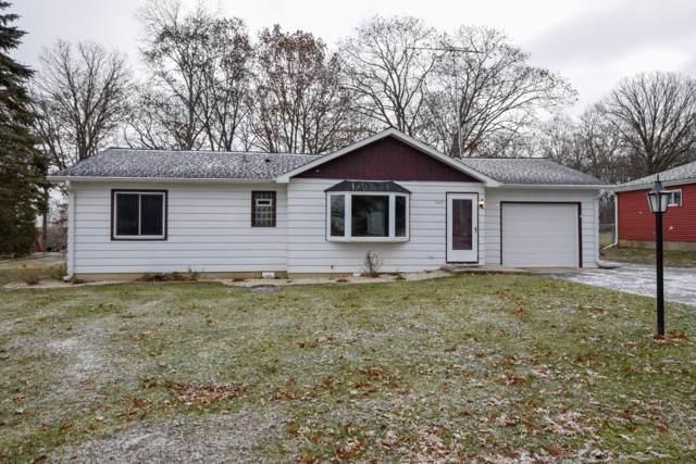 7737 241st Ave, Paddock Lake, WI 53168 (#1670214) :: Tom Didier Real Estate Team