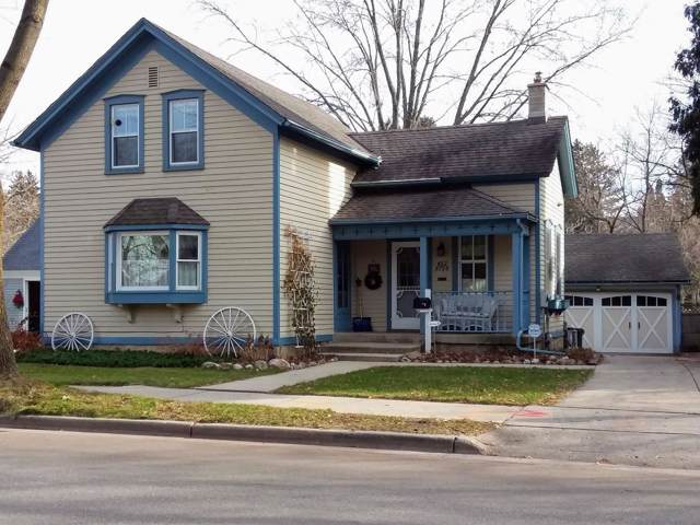 W62N788 N Sheboygan Rd, Cedarburg, WI 53012 (#1670278) :: Tom Didier Real Estate Team