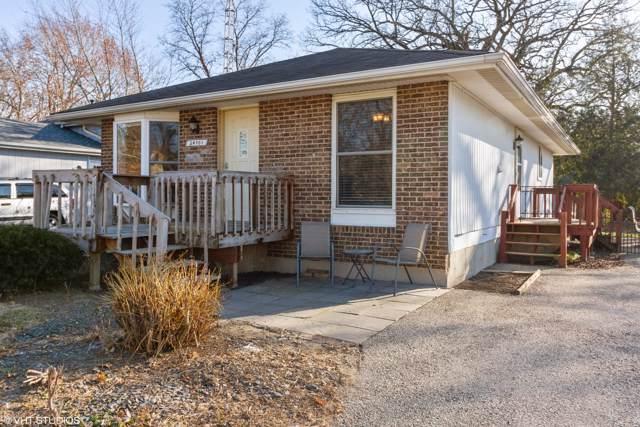 24701 66th St, Paddock Lake, WI 53168 (#1670331) :: Tom Didier Real Estate Team