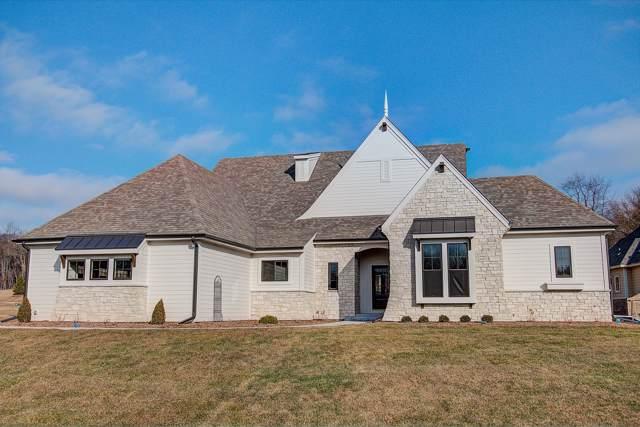 1540 Newbridge Ln, Summit, WI 53066 (#1670459) :: Keller Williams Realty - Milwaukee Southwest