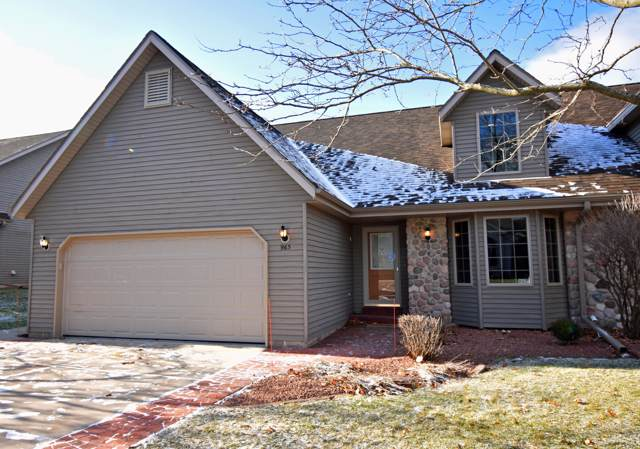 963 E Loos #2, Hartford, WI 53027 (#1670488) :: Tom Didier Real Estate Team