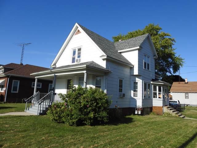 6631 22nd Ave, Kenosha, WI 53143 (#1670586) :: Keller Williams Realty - Milwaukee Southwest