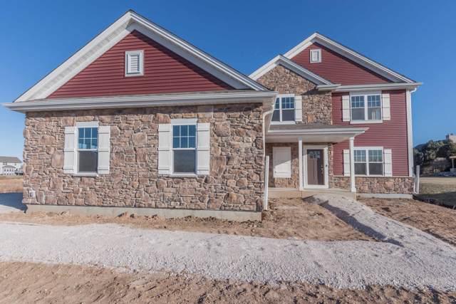 W159N6506 Tamarack Trl, Menomonee Falls, WI 53051 (#1671109) :: Tom Didier Real Estate Team