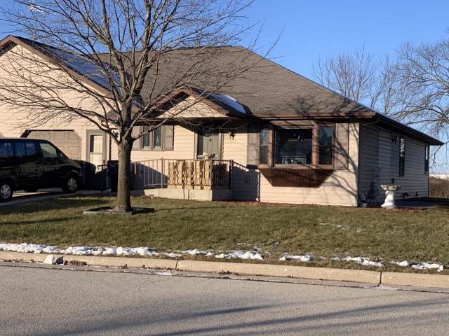 1522 Falcon Way, Sheboygan Falls, WI 53085 (#1671128) :: RE/MAX Service First Service First Pros