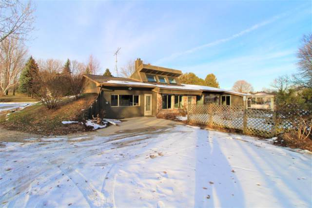 W4089 Skyline Rd, Herman, WI 53020 (#1671146) :: RE/MAX Service First Service First Pros