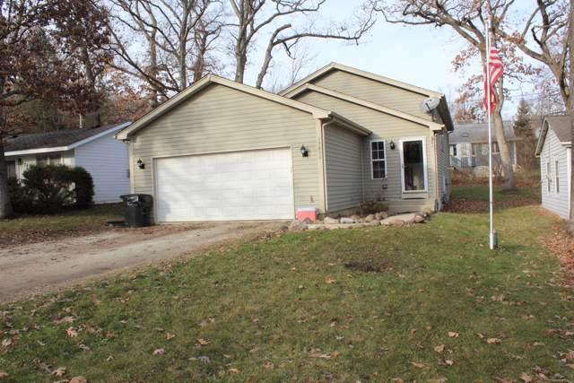 27600 94th St, Salem Lakes, WI 53168 (#1671200) :: RE/MAX Service First Service First Pros