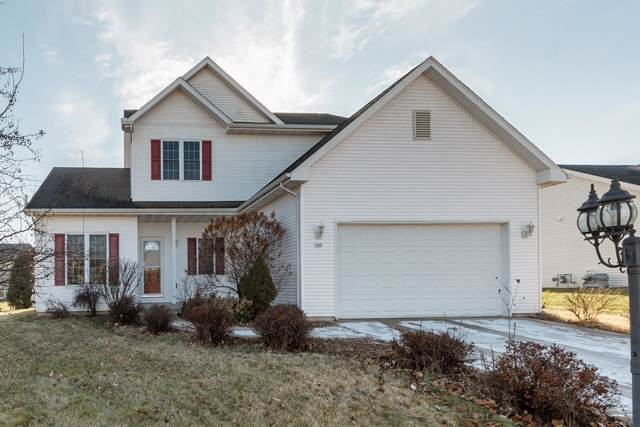 305 E Amber Dr, Whitewater, WI 53190 (#1671495) :: RE/MAX Service First Service First Pros