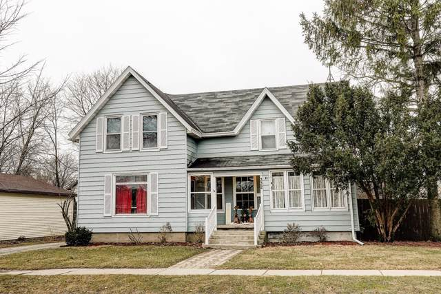 332 Maple St, Fort Atkinson, WI 53538 (#1671820) :: RE/MAX Service First Service First Pros