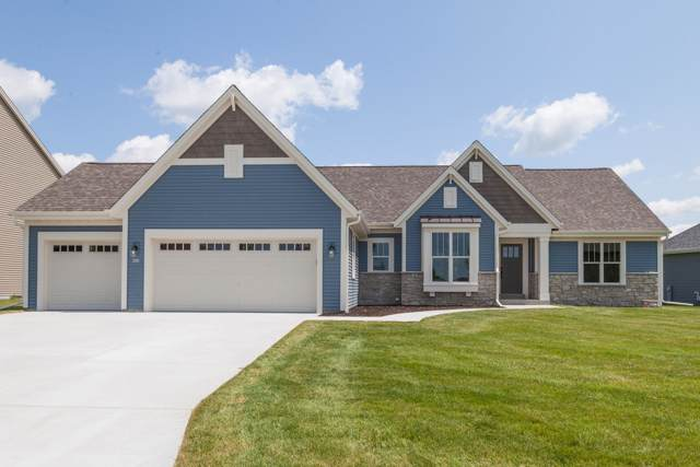 403 Fairview Cir, Waterford, WI 53185 (#1672261) :: RE/MAX Service First Service First Pros