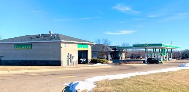1136 E Commerce Blvd, Slinger, WI 53086 (#1672404) :: Tom Didier Real Estate Team