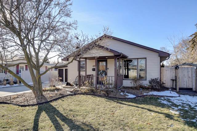 916 High St, Union Grove, WI 53182 (#1672444) :: RE/MAX Service First Service First Pros